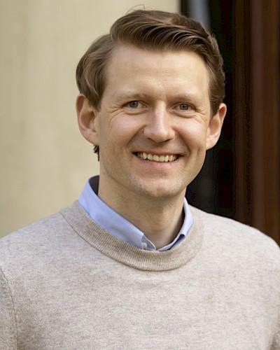Dr. Josef Langenberg